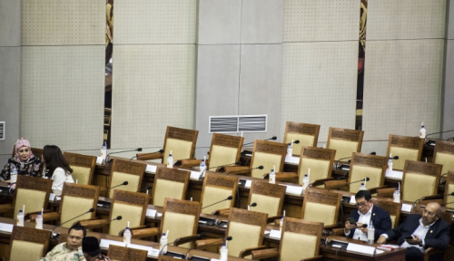 Foto DPR Baru Serupa dengan yang Lalu, Tukang Korupsi?