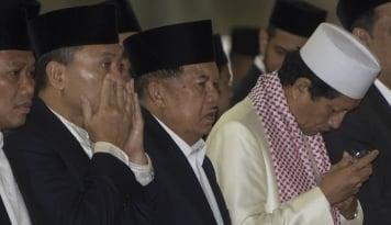 Foto Jusuf Kalla Hadiri Acara Halal bi Halal PBNU