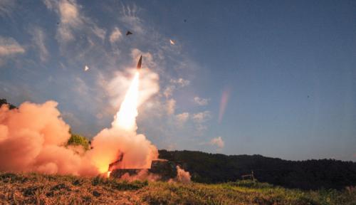 Foto Indonesia Teken Traktat Pelarangan Senjata Nuklir