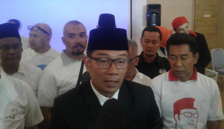 Foto Berita Belum Merapat ke Golkar Jabar, Kang Emil Diacuhkan?