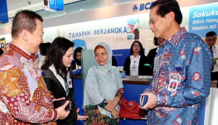 Foto Berita BCA Targetkan Akuisisi Bank Lain Tuntas dalam 3 Bulan