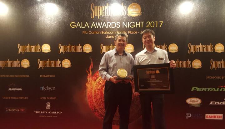 Foto Berita Duo Galon Sanken Raih Penghargaan Pertama di Indonesia