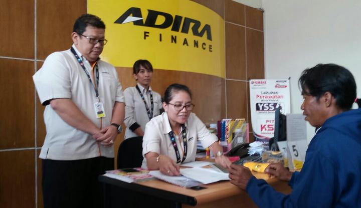 Wow, Adira Finance Lunasi Cicilan 100 Konsumennya - Warta Ekonomi