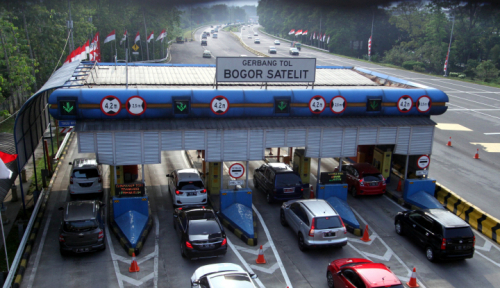 Foto Ganjil-Genap Tol Kurangi Kemacetan