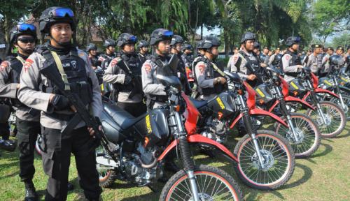 Foto Pasukan Gabungan Siap Amankan Jokowi di Samarinda
