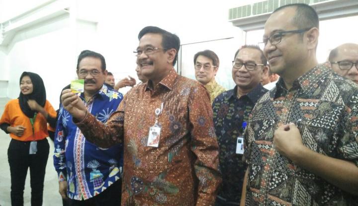 Foto Berita Demi Stabilkan Harga, Gubernur Djarot Resmikan JakGrosir