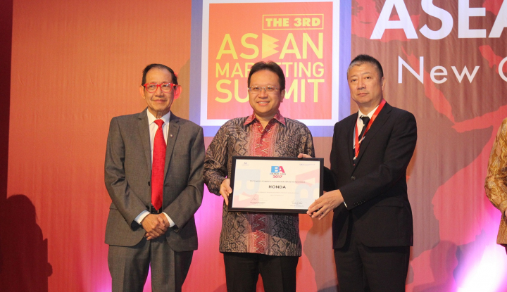 Foto Berita AHM Raih 2 Penghargaan pada The 3rd ASEAN Marketing Summit 2017