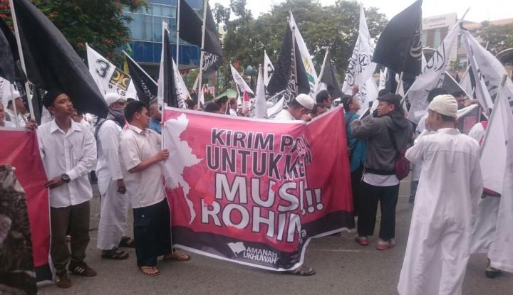 Foto Berita Anggota DPRDBalikpapan Rela Potong Gaji untuk Rohingya, Serius Pak?