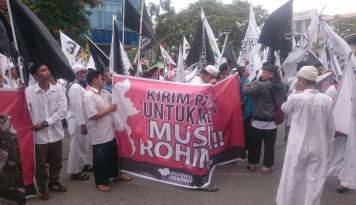 Foto Anggota DPRDBalikpapan Rela Potong Gaji untuk Rohingya, Serius Pak?