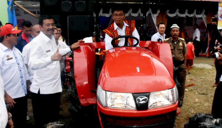 Foto Berita Tingkatkan Produksi Panen, Gubernur Sumut Motivasi Seluruh Petani