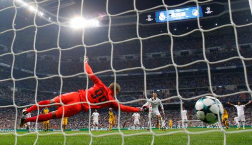 Foto Debut Iniesta dan Torres di Liga Jepang Mengecewakan