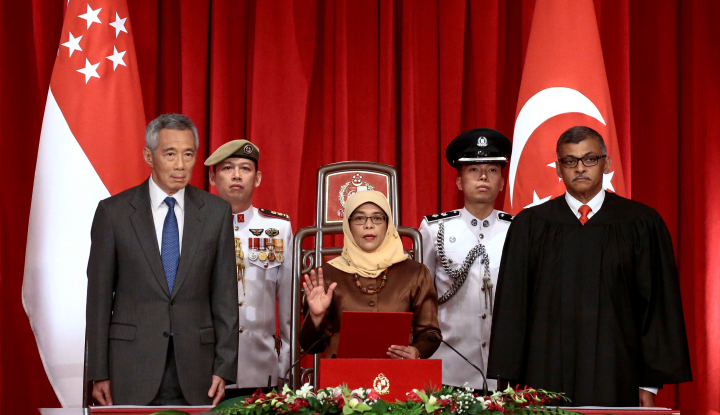Foto Berita Indonesia Diterpa Tsunami, Presiden Singapura Kirim Surat ke Jokowi