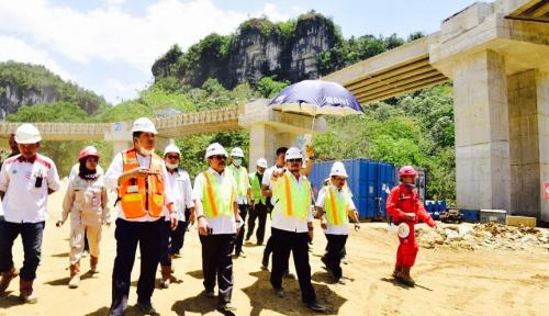 Foto Proyek Elevated Road Sulsel Diharapkan Rampung Desember 2017