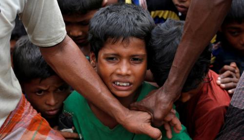 Foto Rohingya Masuk ke Bangladesh Tembus 11.000 Orang/Hari, UNHCR