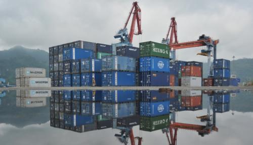 Foto Pelabuhan Benoa Terapkan Pembayaran Elektronik