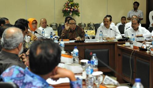 Foto Penyaluran Dana Bergulir untuk Koperasi dan UMKM Masih Terkonsentrasi di Pulau Jawa