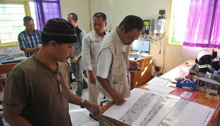 Foto Berita Gempa Susulan Terjadi Pasca Gempa 6,4 SR Bali-NTB
