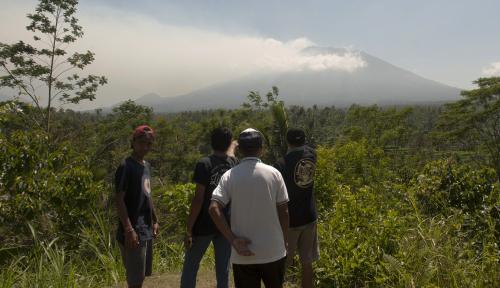 Foto AirNav Terus Pantau Aktivitas Gunung Agung