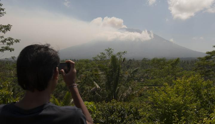 Foto Berita Siaga Gunung Agung, Garuda Siapkan Ribuan Hotel untuk Penumpang