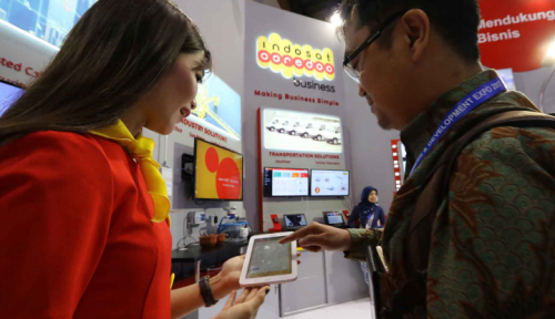 Foto Tahun Baru, Trafik Data Indosat Naik 88%