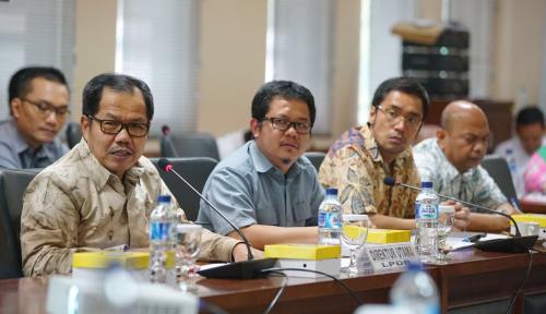 Foto Komite IV DPD Pertanyakan Syarat yang Diterapkan LPDB untuk Akses Dana Bergulir