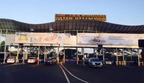 Foto Bandara Hasanuddin Mulai Berlakukan Parkir Elektronik