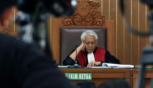 Foto Polemik Putusan Hakim Cepi untuk Setnov