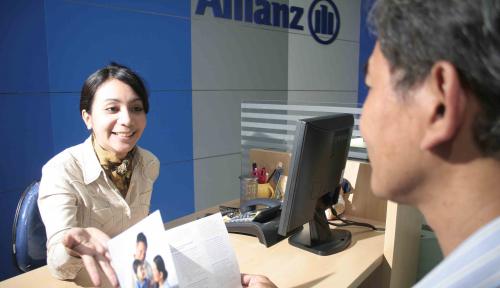 Foto Allianz Life Syariah Edukasi Masyarakat Soal Asuransi Syariah