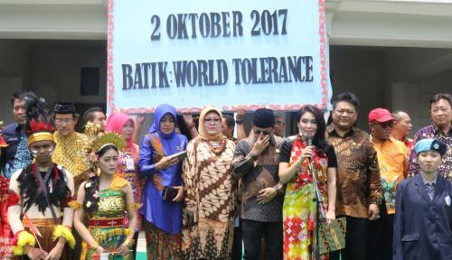 Foto Bos LLP-KUKM Ikut Deklarasi Batik World Tolerance di Malang
