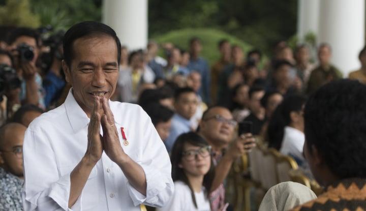 Foto Berita Ditanya Kriteria Cawapres, Jokowi: Dekat Saya Sekarang ada Pak Airlangga