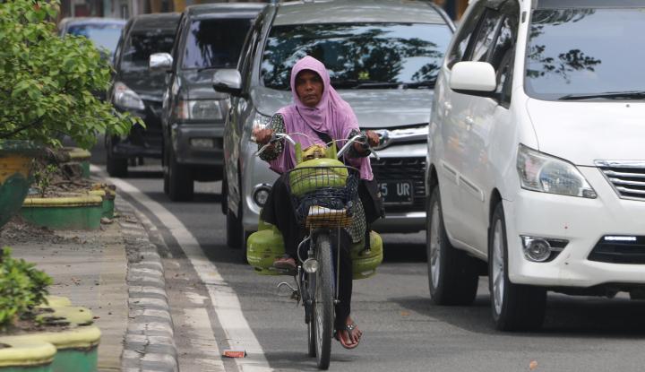 Foto Berita Gas Melon Langka, Warga Bandarlampung: Saya Cari ke Warung Semua Kosong