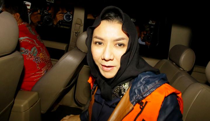 Foto Berita Rita Jual Emas 15 Kg ke Bos Sawit