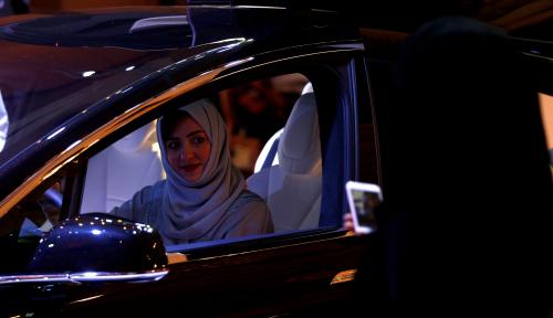 Foto Kembangkan Mobil Listrik, Arab Saudi Gandeng Jepang