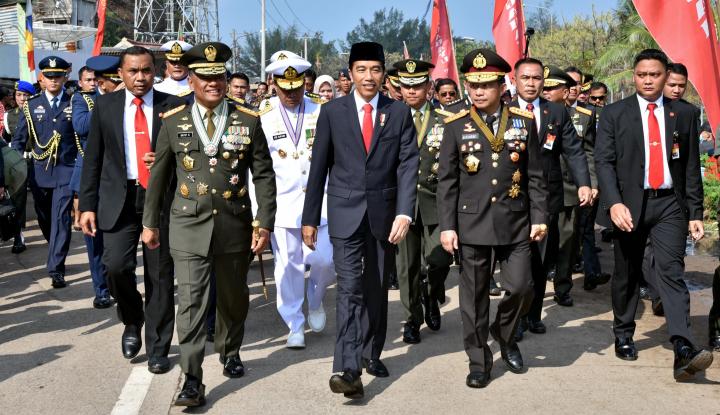 Foto Berita Survei INES, Prabowo Kian Melejit, Gatot Mulai Bayangi Jokowi