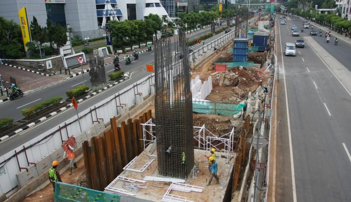 Foto Berita Puluhan Proyek Konstruksi Jalan Layang Berlanjut