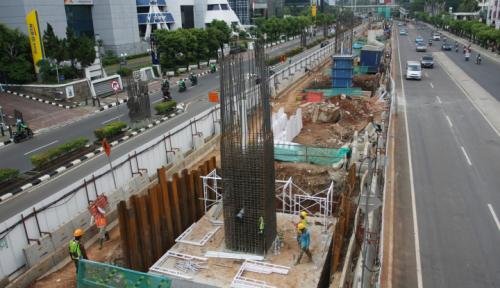 Foto Jakpro: Pembangunan LRT di Ibukota Sudah 63,01 Persen