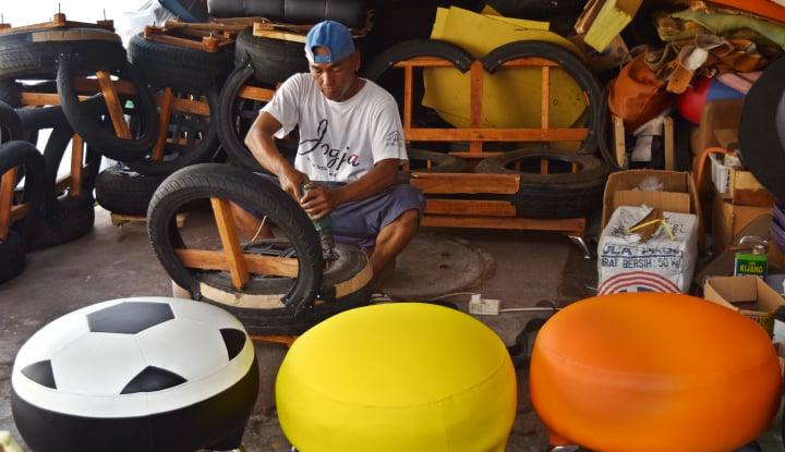 Foto Berita Gus Ipul Janji Dorong Industri Mebel Jatim