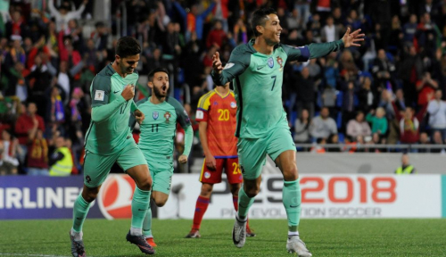 Foto Ronaldo Calon Terkuat Peraih Ballon d'Or