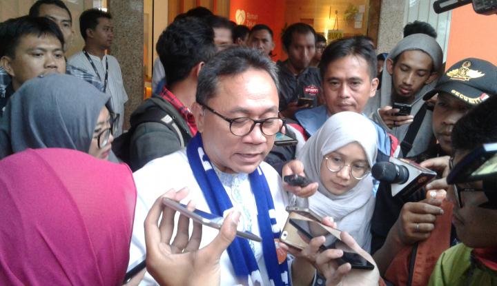 Foto Berita PDIP Ngotot Minta Kursi Pimpinan di DPR-MPR, Zulkifli: Saya Setuju