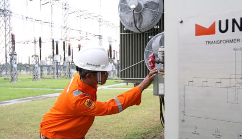 Foto Dukung Pasokan Listrik Industri dan Smelter, Kinerja PLN Diapresiasi Rini