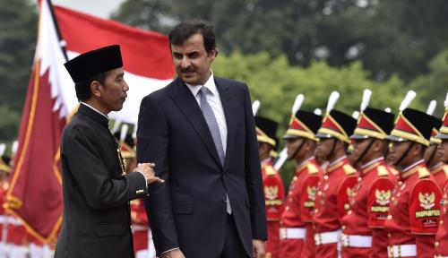 Foto Jokowi Ajak Qatar Tingkatkan Investasi di Indonesia