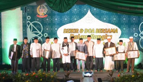 Foto HUT Sulsel ke-348, 1.000 Ulama Gelar Doa Bersama