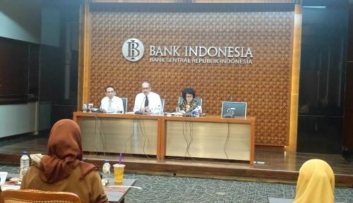 Foto Transmisi Suku Bunga Acuan ke Kredit Perbankan Baru 62 Persen