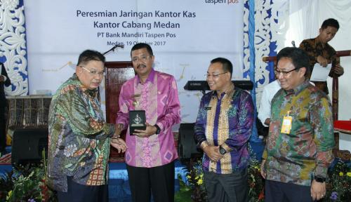 Foto Gubernur Sumut Resmikan Kantor Kedua Bank Mantap di Medan