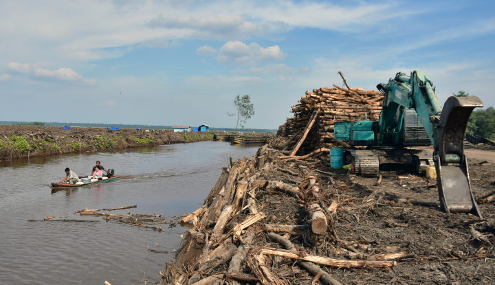 Foto Berita APBD 2018 Riau Bertambah Rp235 Miliar