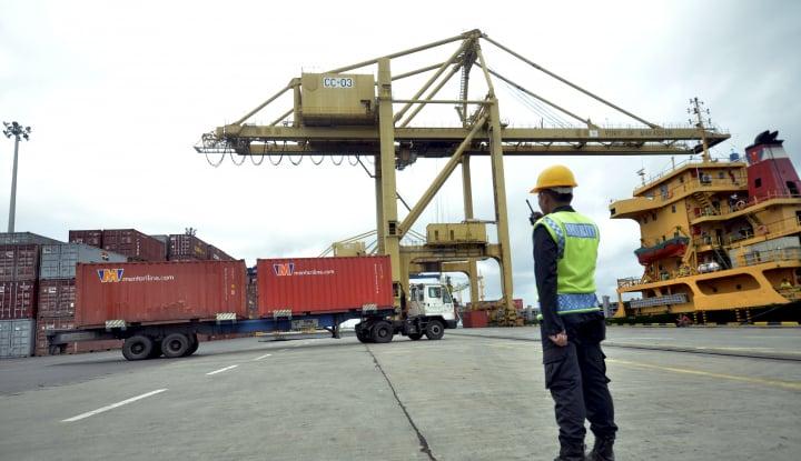 Pelindo IV Investasi Alat di 7 Pelabuhan Senilai Rp73,88 Miliar