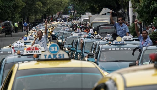 Foto Organda: Peraturan Taksi Harus Sama Rata