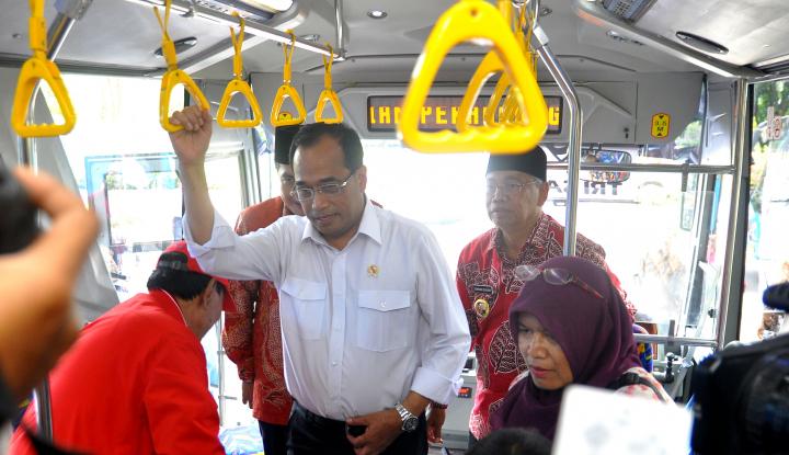 Foto Berita Menhub Bakal Razia Bus Tak Layak Jalan