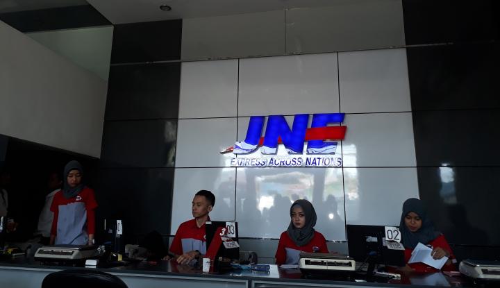 Apresiasi Pelanggan, JNE-Shopee Kasih Free Ongkir