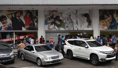 Foto Waduh, Oknum Polwan jadi Tersangka Jual Beli Mobil Bodong
